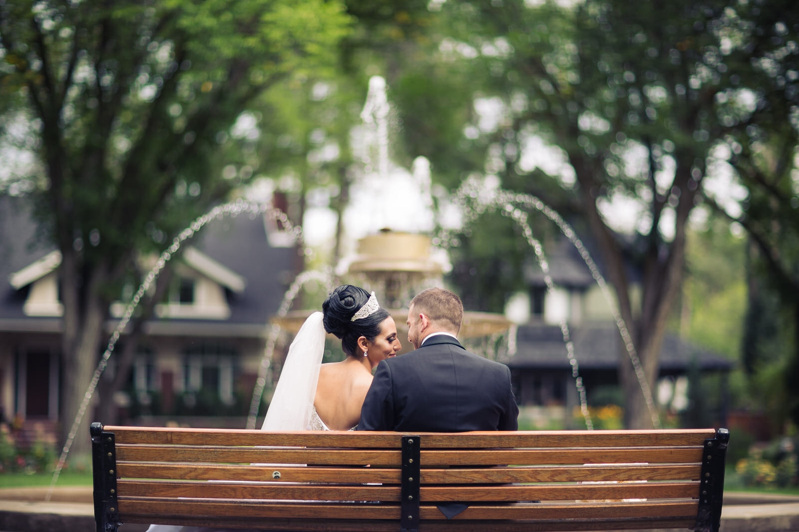 edmonton fountain wedding photo